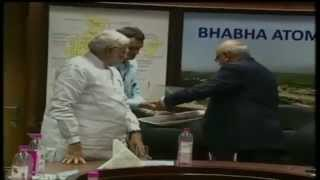 PM Modi with the Secretary DAE & Chairman, AEC, Dr. R.K Sinha, at BARC
