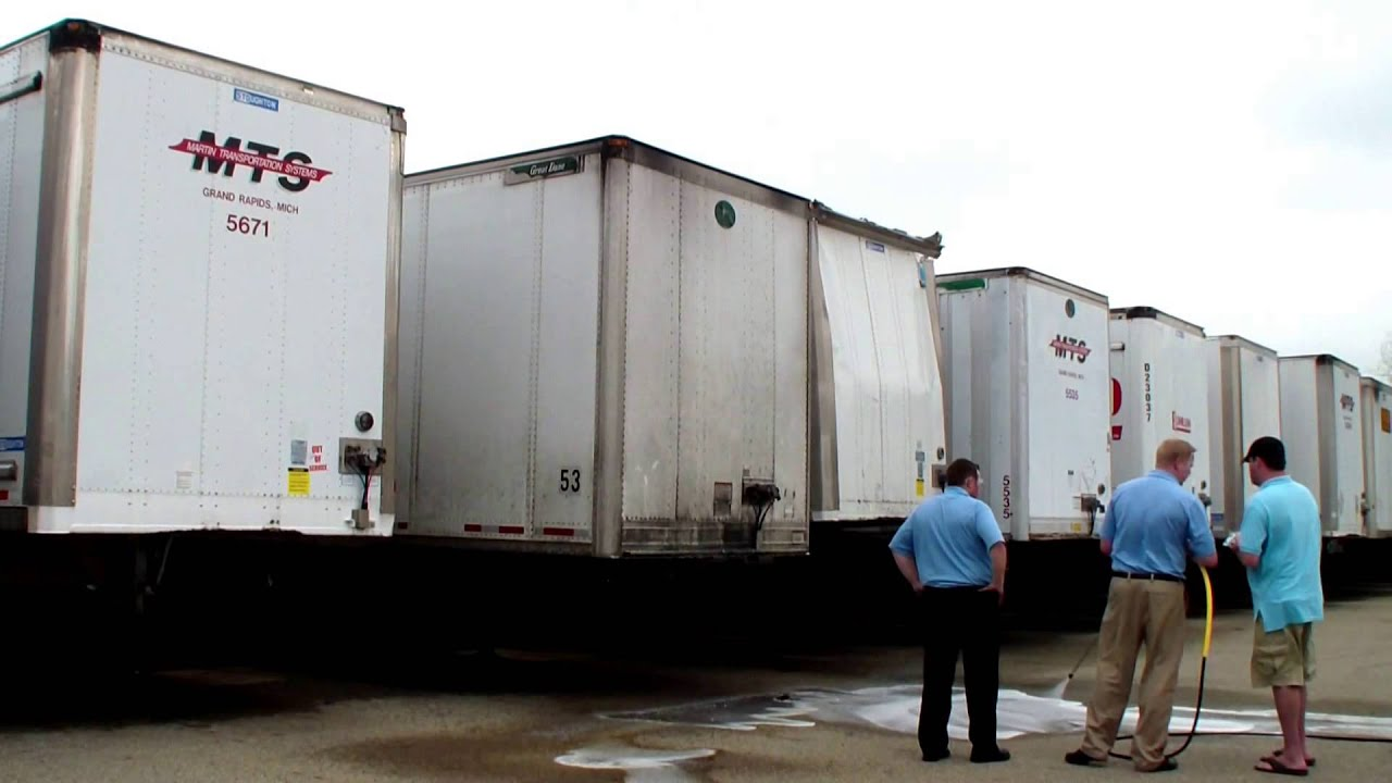 Truck washing made easy  Phone 800-666-1992 sales@hcsclean com