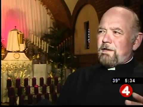 Churches come alive for Holy Thursday