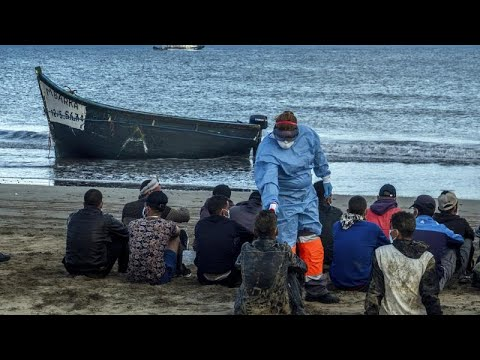 Мигранты на Канарских островах