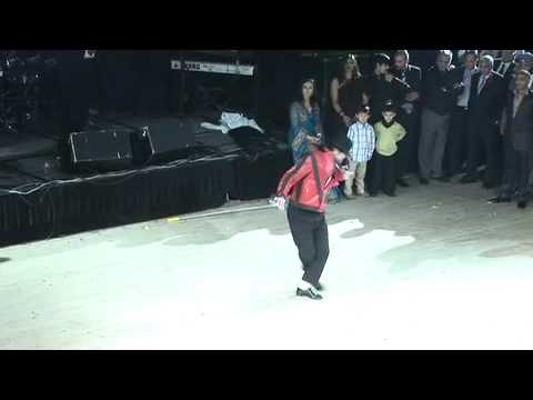 Britain's Got Talent 'Signature' Michael Jackson at Indian Wedding | Bloomsbury Films ®