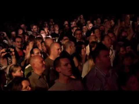 Viva La Quinta Brigada - Christy Moore ( live - Glasgow  Barrowland)