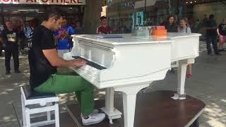 Piano Play Frankfurt City center at Zeil Shopping street (Fan made)
