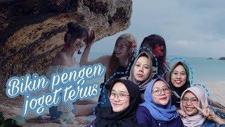 TWICE DANCE THE NIGHT AWAY MV REACTION - FANGIRL ALAY INDONESIA