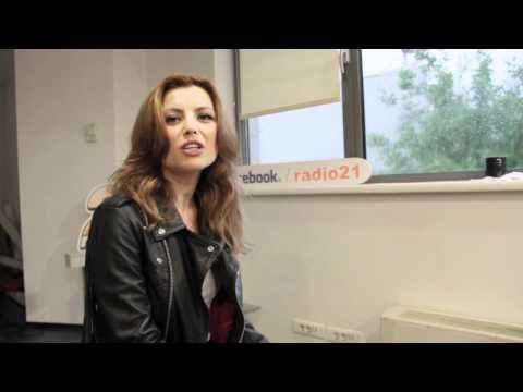 11 intrebari cu Elena Gheorghe by Radio 21