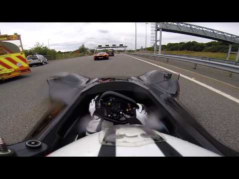 6 Hypercars close down the M6 Toll!