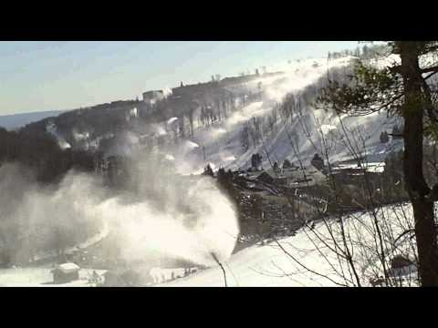 Seven Springs Builds Incredible Half Pipes - Freeplay Music
