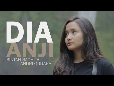 Dia  Anji Bintan Radhita, Andri Guitara