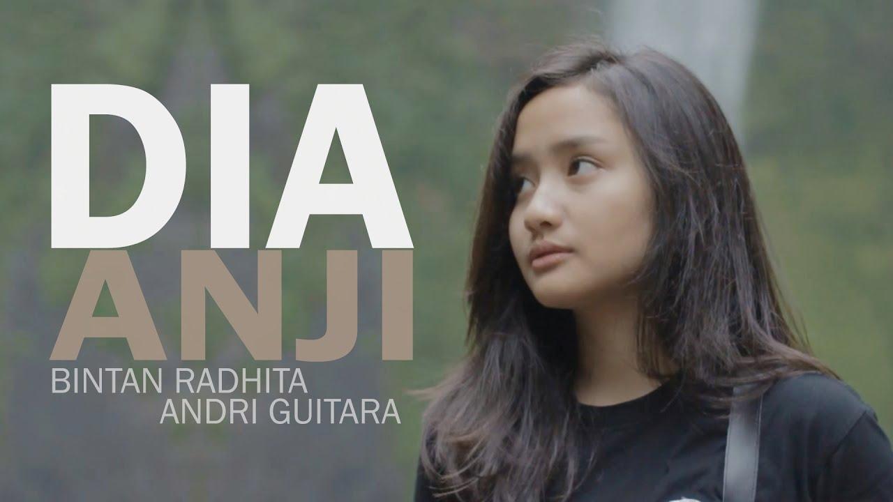 dia-anji-bintan-radhita-andri-guitara-cover-meisandria-guitara