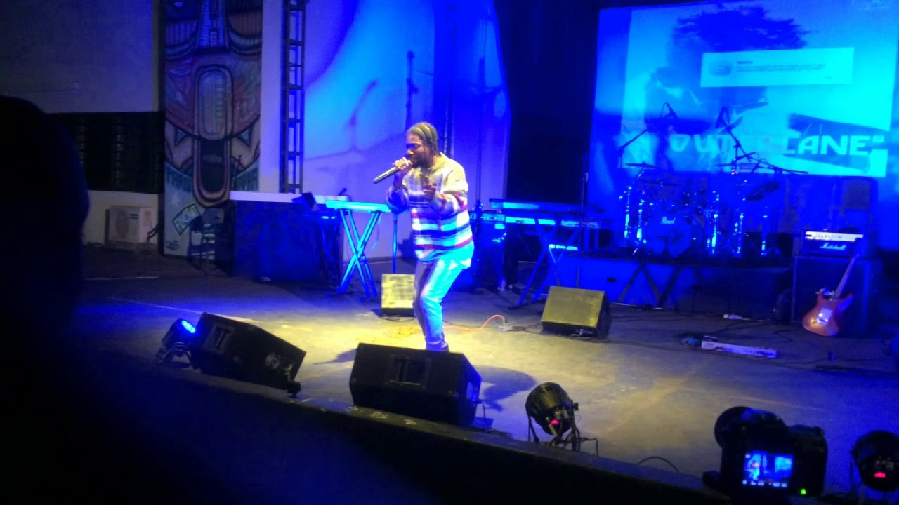 Download Pure Akan - Me Sika Aduro (Performance  At Outerlane Concert - Alliance Francaise)