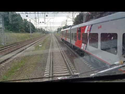 Поезд пошел на обгон, Кто выиграл? :-). Глазами машиниста, из кабины поезда. крюково сходня химки