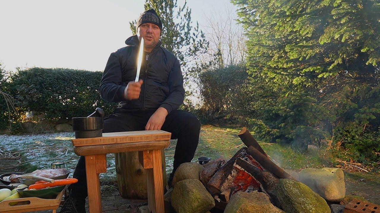 Garnek Karpacki Fartuch gotuje na ognisku / Oddaszfartucha