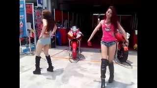 20140420 台灣大賽車 重機女孩熱舞(2)