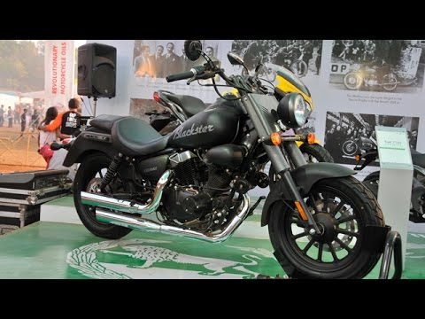 Benelli Blackster 250 Cruiser Unveiled At India Bike Week 2015