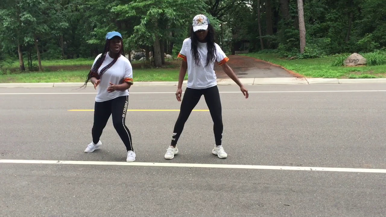Team salut ( zigzags) Dance video