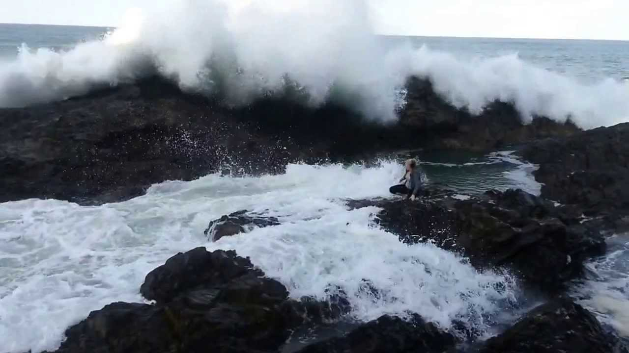 scary waves Gallery