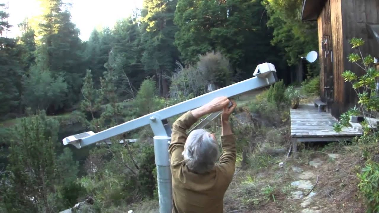 Top Of Pole Mount Solar Array Installation Youtube
