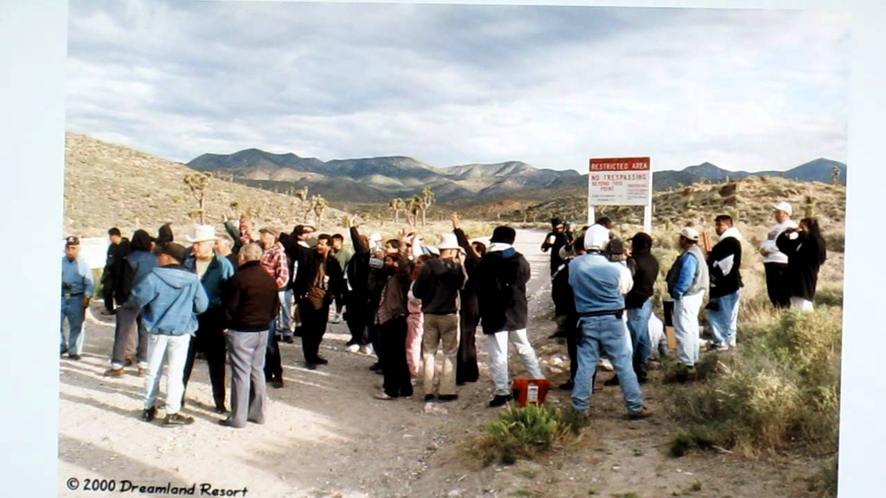 The largest gathering of people at Area 51 was held in 1998