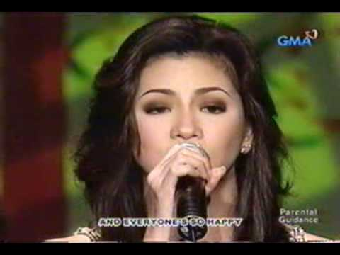 Regine sings Miss You Most (At Christmas Time)...Live!