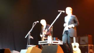 Suzanne Vega - Don't Uncork What You Can't Contain 18.10.2013 live @Arena Club in Moscow