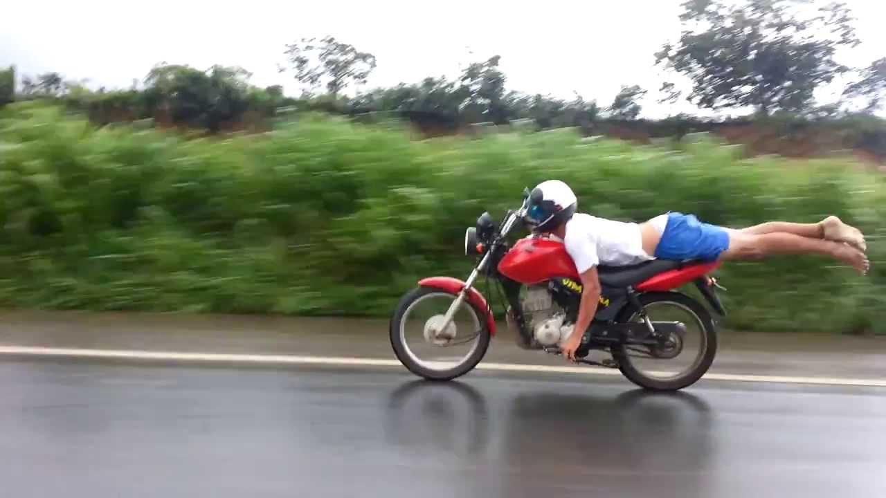Resultado de imagem para surfando na moto