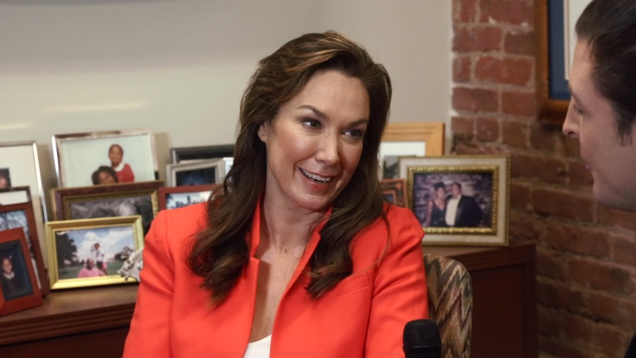 Watch Elizabeth Marvel video