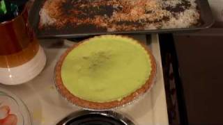 Seafoam Lime Cantaloupe Pie: NEW Trailer Park Cooking Show