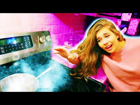 SHE CAUGHT THE KITCHEN ON FIRE!! Boyfriend vs. Girlfriend Cooking! // JACK AND GAB