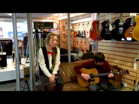 TSR Acoustic Sessions: Lizabett Russo - Running With The Wolves