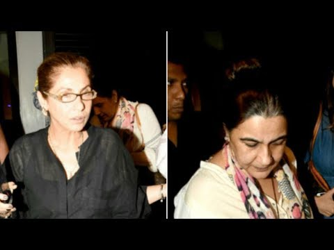 Dimple Kapadia & Amrita Singh Spotted At Dinner Party