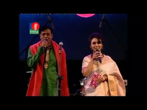 Anupam roy live concert dui banglar gaan