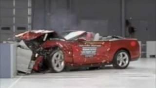 2010 Ford Mustang Convertible - IIHS Crash Tests