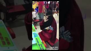 Video Happy with Niqab download MP3, 3GP, MP4, WEBM, AVI, FLV Maret 2018