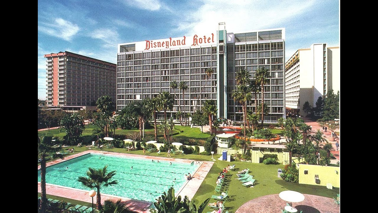 Disneyland Hotel 2017 Tour At The Disney Resort In Anaheim California You