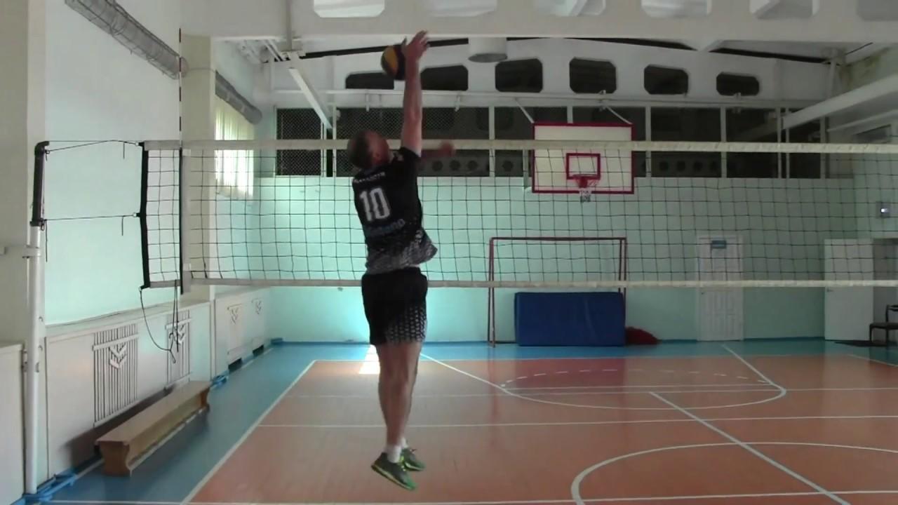 Нападение накатом в волейболе