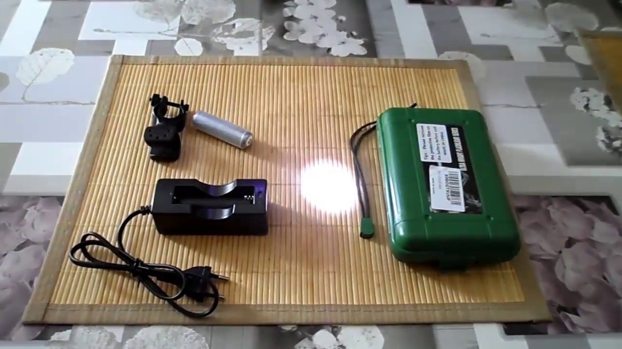 29e6d4f547608f Lampe Torche Ultrafire 900ml T6 LED Test unboxing . - YouTube