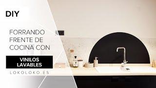 Gambar cover Cómo decorar la pared de la cocina con vinilos adhesivos / Lokoloko