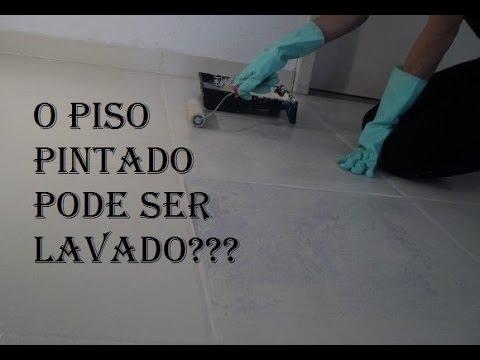 O piso pintado com tinta Epxi pode ser lavado Tirando