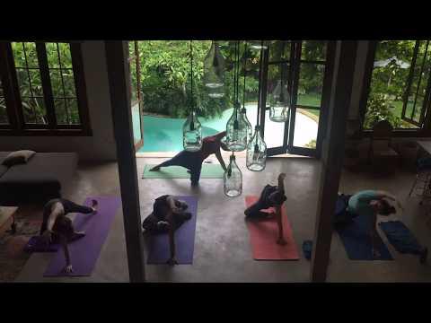 Shine Yoga Retreat Yoga Class in Bali