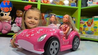 Кукла Штеффи. Ярослава открывает новую игрушку. Машина для Кукол. Видео для детей. Tiki Taki Kids