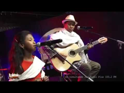 FANGIA KALO GASY - Love me tender (Elvis P.)