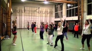 Zumba Gold - Warm up 2 - Moves Like Jagger - Maroon 5 feat. Christina Aguilera (Zumba a Liege)