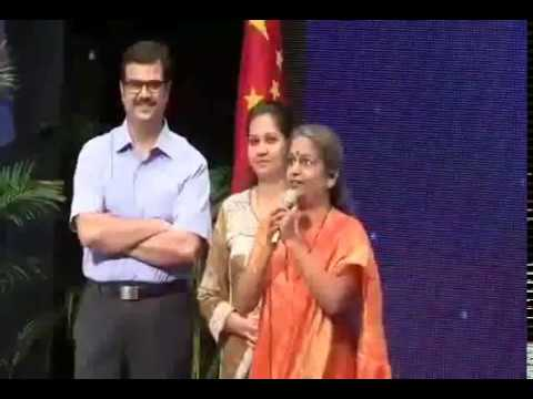 Martyr Capt Gore's mother at pune by gaurav