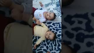 Dünyanın en tatlı ikizleri Maşallah :)