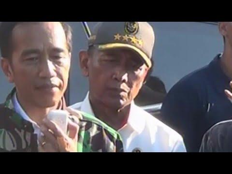 Presiden Temui Pengungsi Korban Bencana Alam Di Palu