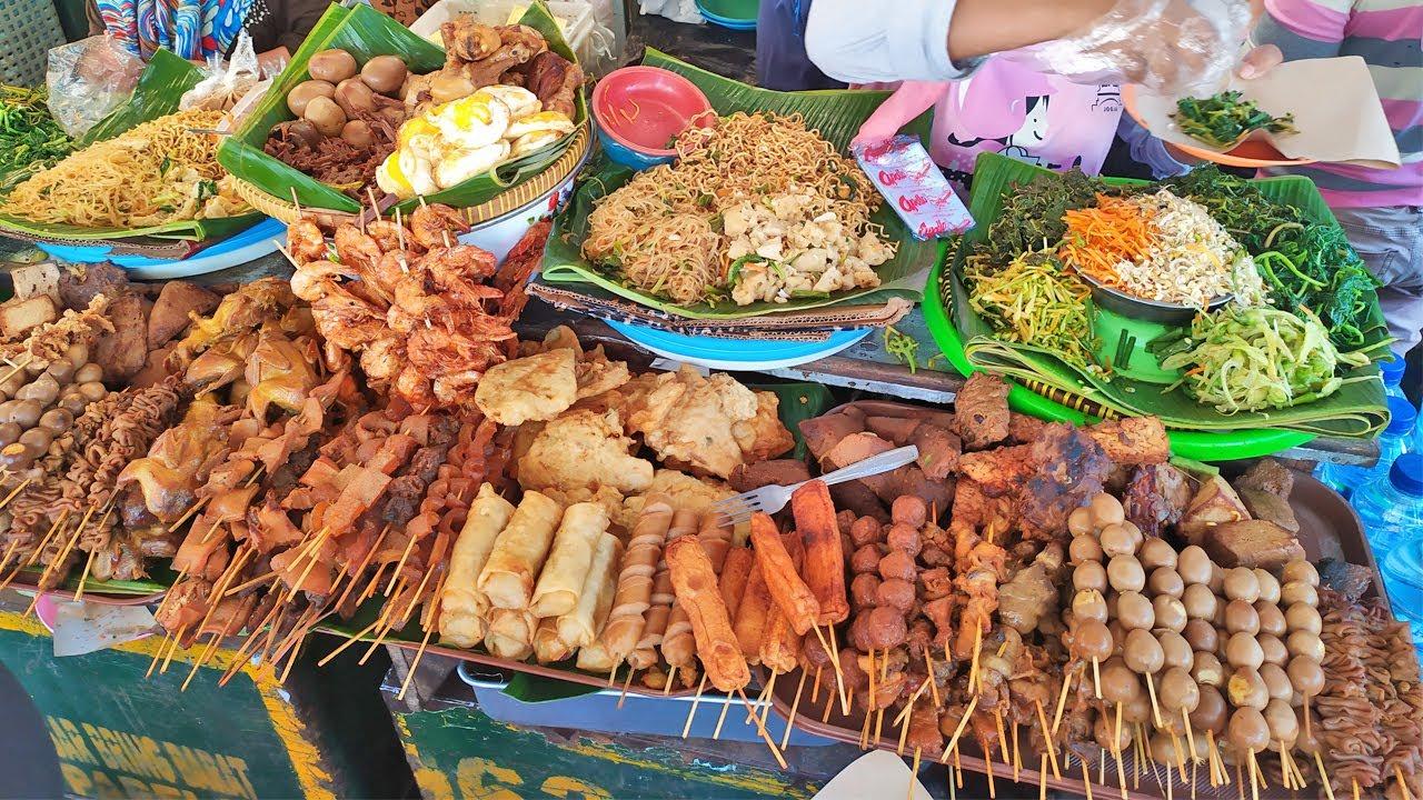 Nasi Pecel Pasar Beringharjo   makanan khas jogja yang enak   kuliner indonesia 2020 #streetfood 33 - YouTube