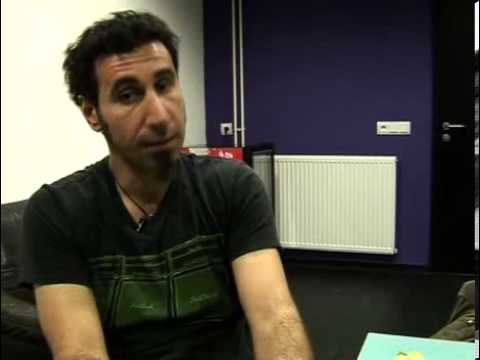 Serj Tankian: If you ever hear a bomb fall you will never ever forget it