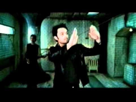Darren Hayes Does Sign Language - YouTube