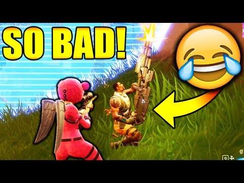 THE WORST PLAYER EVER!!!! (Fortnite Battle Royale)