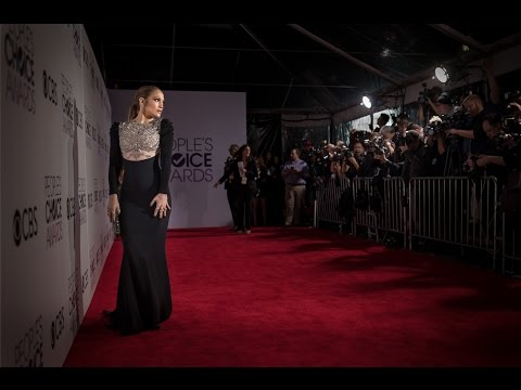 Best Dressed at the 43rd People's Choice Awards